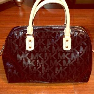 100% Authentic MK Purse
